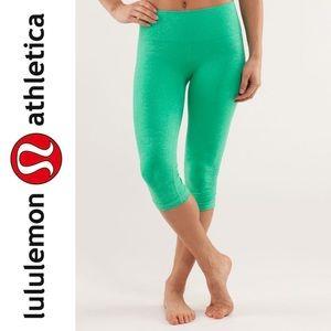 Lululemon In The Flow Crop Very Green